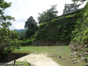 宇和島城への登坂4