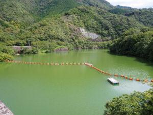 須賀川ダム湖の若山湖