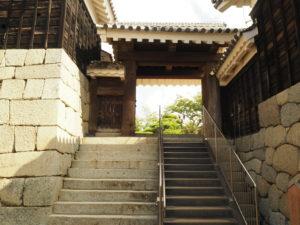 松山城二ノ門
