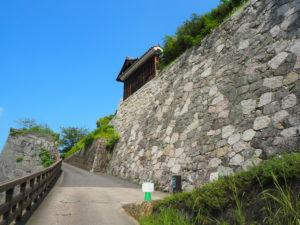 県庁裏登城口の入り口