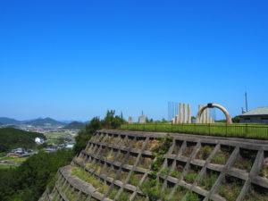 門入ダムのモニュメント2