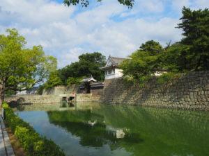 丸亀城の内堀