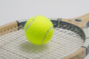 ソフトテニスにかかるお金