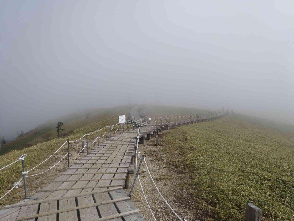 徳島県の剣山